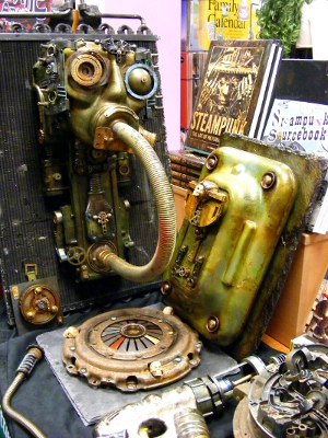Gadgets: A brass mask, steampunk books and other gadgets